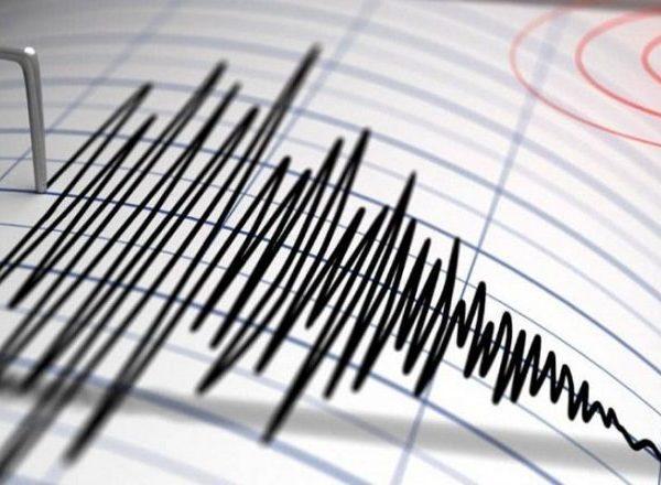 Zot mbaj dorën/ Vendi pranë Shqipërisë shkundet nga tërmeti: Ja sa ballë ka qenë