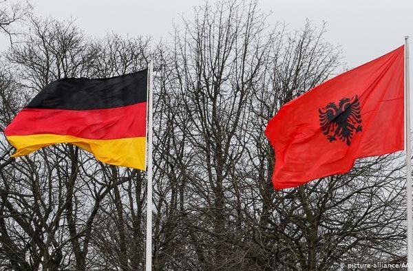 Ambasada Gjermane jep lajmin e mirë/ Ja rregullat që duhet të ndiqni për të punuar në Gjermani